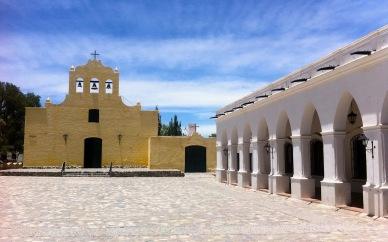 Cachi, Iglesia und Museo Archeologico