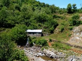 in den albanischen Bergen